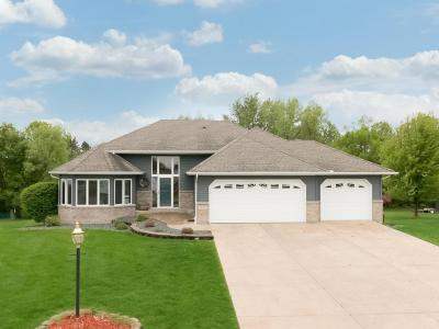 Photo of 1356 SE 16th Avenue, Forest Lake, MN 55025