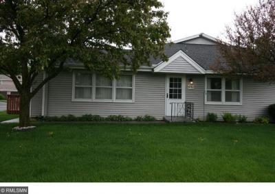 Photo of 6752 N Gretchen Court, Oakdale, MN 55128