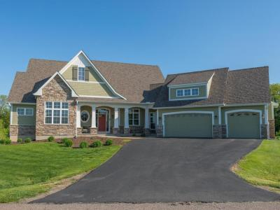 Photo of 1889 86th Court, Inver Grove Heights, MN 55077