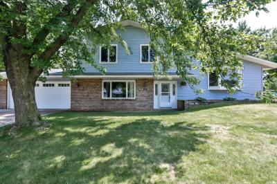 Photo of 4570 W 142nd Street, Apple Valley, MN 55124