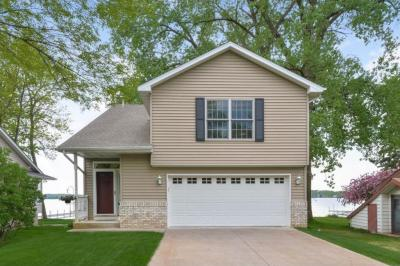 Photo of 8789 N Shore Trail, Forest Lake, MN 55025