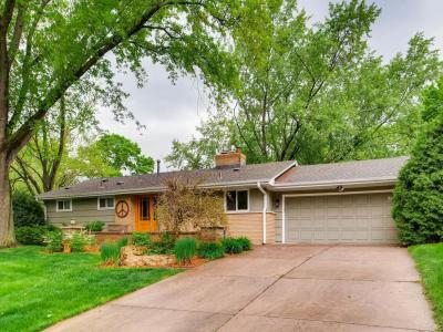 Photo of 220 S Brunswick Avenue, Golden Valley, MN 55416