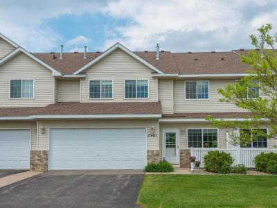 Photo of 17401 Glacier Way #35, Lakeville, MN 55044