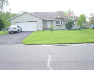 Photo of 1518 SE 9th Street, Forest Lake, MN 55025