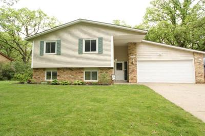 Photo of 13442 Everest Avenue, Apple Valley, MN 55124