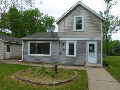 Photo of 8855 W Upper 209th Street, Lakeville, MN 55044