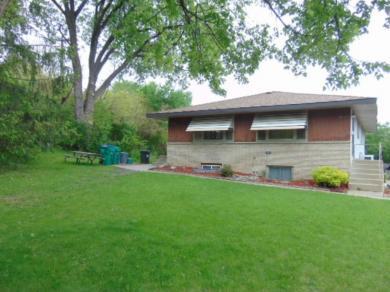 2235 S Hampshire Avenue, Saint Louis Park, MN 55426