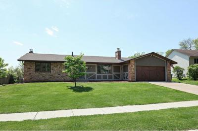 Photo of 6140 132nd Way, Apple Valley, MN 55124