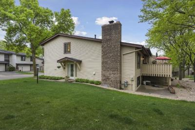 Photo of 5695 Hyland Courts Drive, Bloomington, MN 55437
