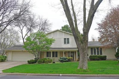 Photo of 731 E Eldridge Avenue, Maplewood, MN 55117