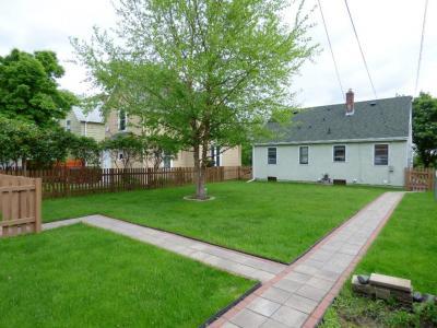 Photo of 1419 Wynne Avenue, Saint Paul, MN 55108