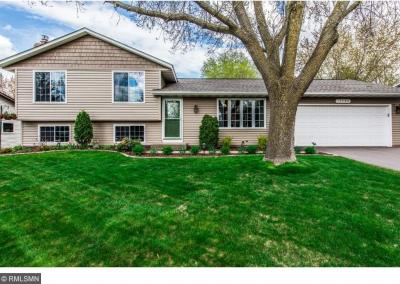 Photo of 15706 Hayes Trail, Apple Valley, MN 55124