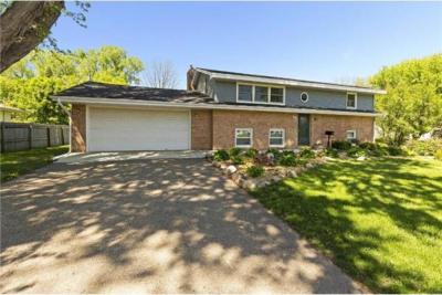 Photo of 5220 Lowry Terrace, Golden Valley, MN 55422