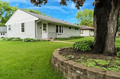 Photo of 9201 S Elliot Avenue, Bloomington, MN 55420