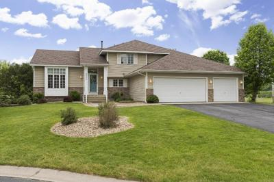 Photo of 8760 Valley View Place, Chanhassen, MN 55317