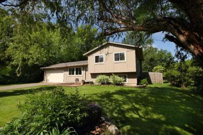 Photo of 3845 N Dallas Lane, Plymouth, MN 55447