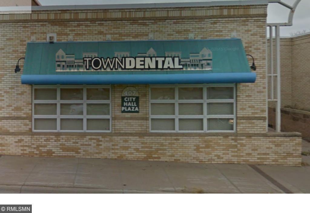 407 Chestnut Street, Chaska, MN 55318