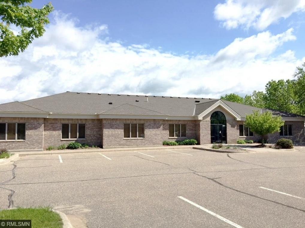 1893 NW Station Parkway, Andover, MN 55304