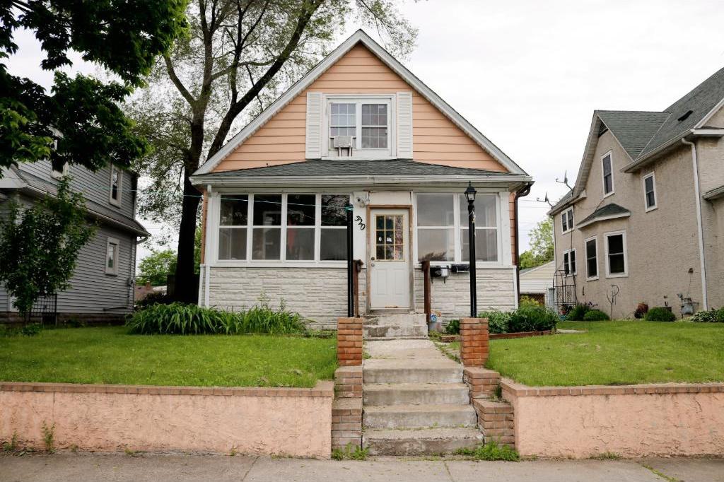 520 S 1st Avenue, South Saint Paul, MN 55075