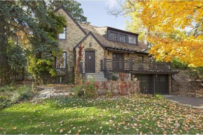Photo of 1304 Tyrol Trail, Golden Valley, MN 55416