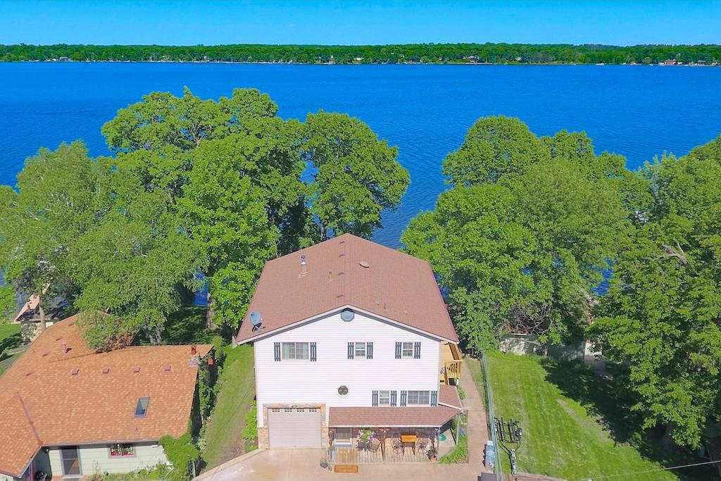 21275 N Iverson Avenue, Forest Lake, MN 55025