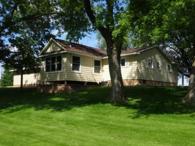 Photo of 722 W Harrison Street, Annandale, MN 55302