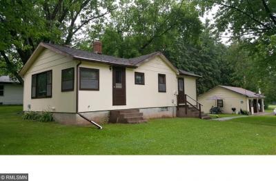 Photo of 301 N Root Avenue, Hinckley, MN 55037