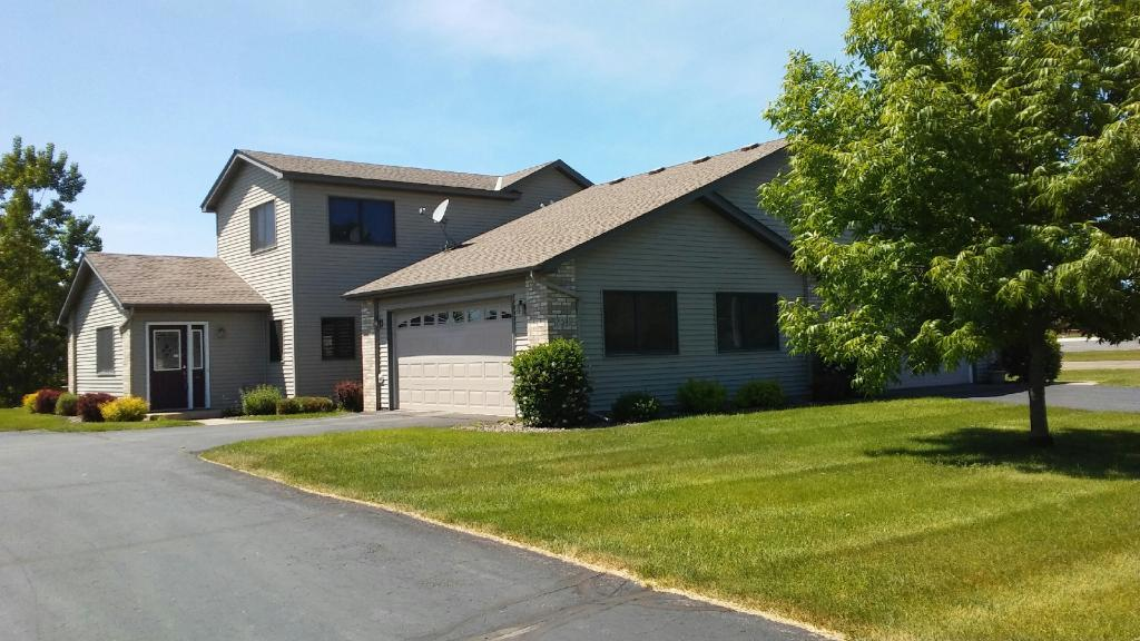703 Sunset Lane, Mora, MN 55051