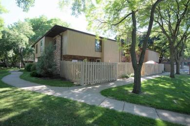 2433 N Unity Avenue, Golden Valley, MN 55422
