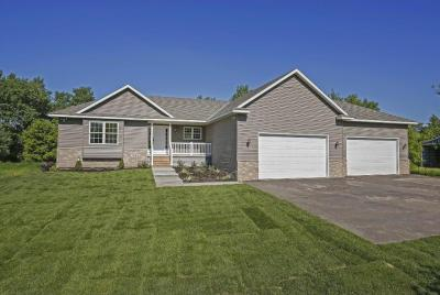 Photo of 25120 NE Vickers Street, Isanti, MN 55040