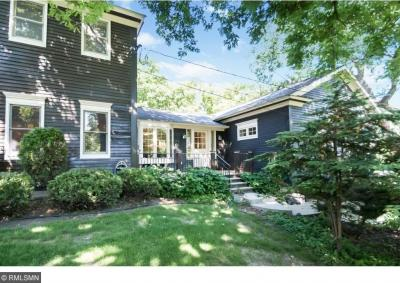 Photo of 401 N Meadow Lane, Golden Valley, MN 55422