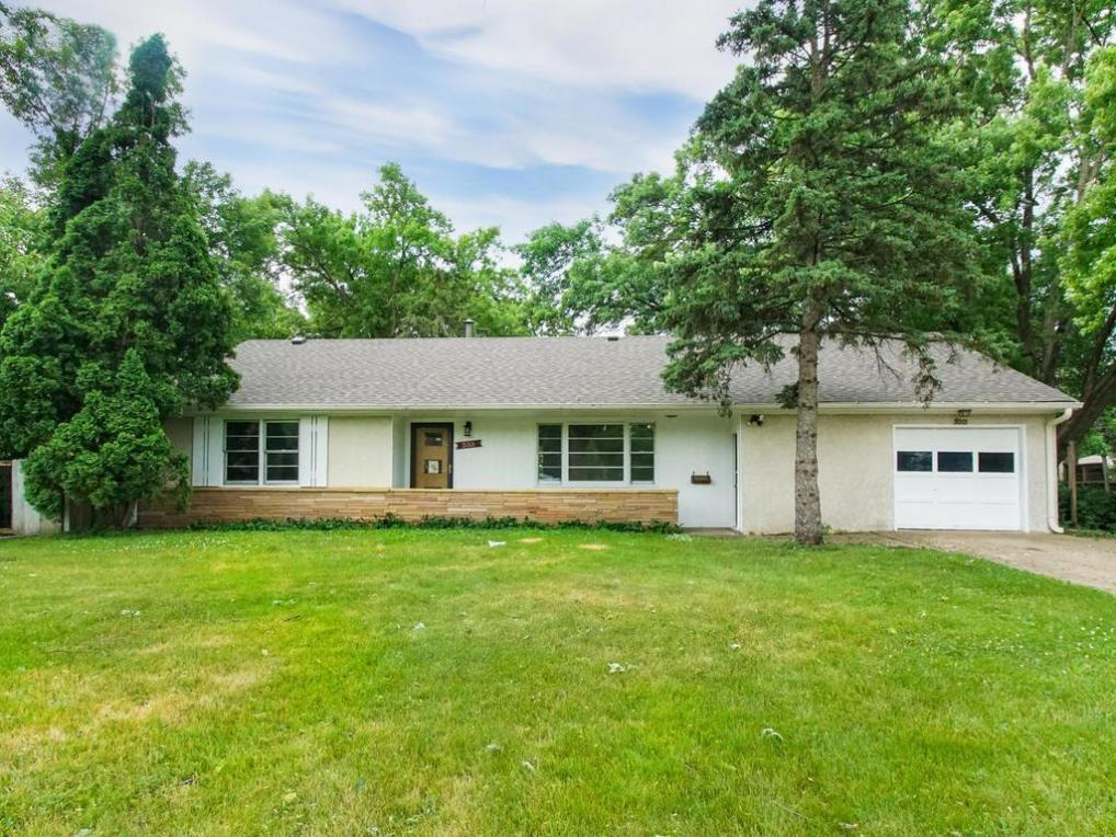 5001 N 34th Avenue, Golden Valley, MN 55422