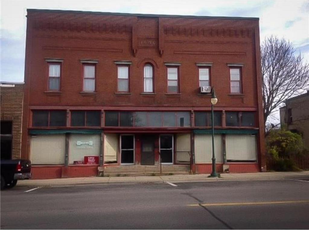 215 S 1st Street, Montgomery, MN 56069