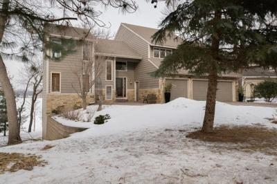 Photo of 1400 Bluebill Bay Road, Burnsville, MN 55306