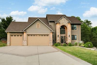 Photo of 2439 E Springside Drive, Maplewood, MN 55119