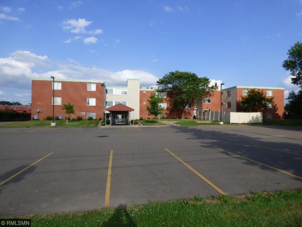 1394 Jackson Street, Saint Paul, MN 55117