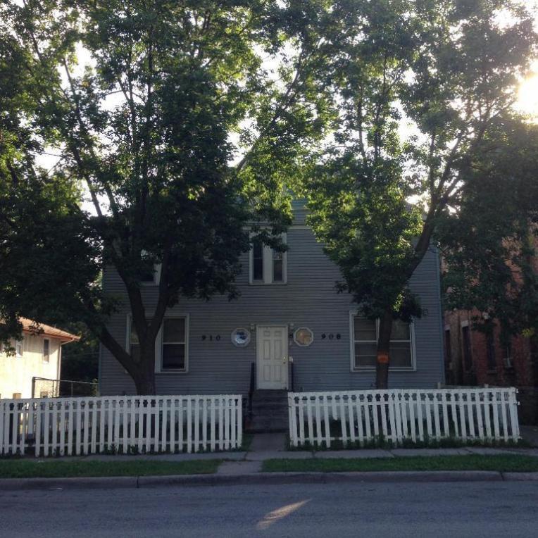 908-910 Burr Street, Saint Paul, MN 55130
