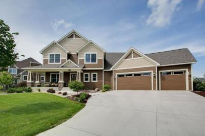 Photo of 11695 Aster Way, Woodbury, MN 55129