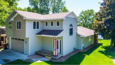 Photo of 18575 NW Simonet Drive, Elk River, MN 55330