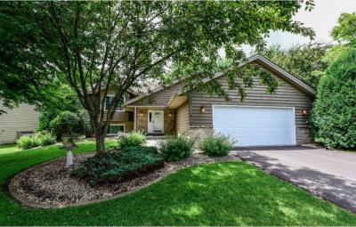 Photo of 16383 Grenoble Avenue, Lakeville, MN 55044