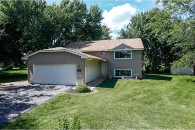 Photo of 9815 W Upper 205th Street, Lakeville, MN 55044