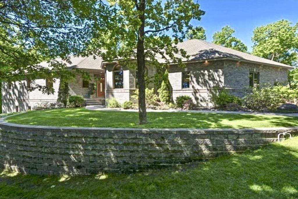 19366 NW Blackfoot Street, Oak Grove, MN 55303