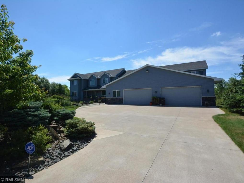 22840 N Imperial Avenue, Forest Lake, MN 55025