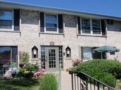 Photo of 829 Old Settlers Trail #7, Hopkins, MN 55343