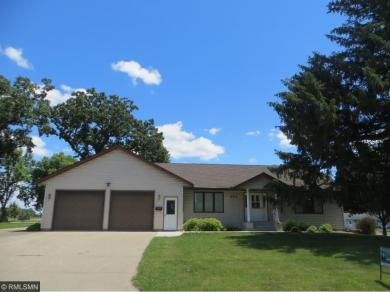 801 Oak Lane, Winthrop, MN 55396