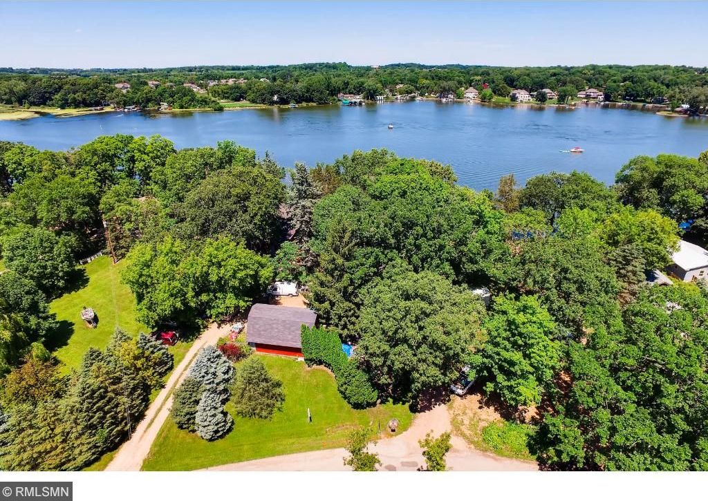 3530 Kings Point Road, Minnetrista, MN 55331