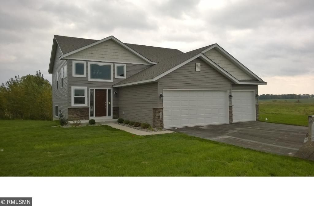 1015 Hickory Curve, Watertown, MN 55388