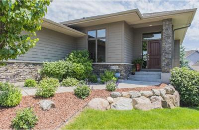 Photo of 15729 N 50th Place, Plymouth, MN 55446