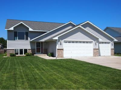 Photo of 840 State Street, Belle Plaine, MN 56011