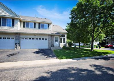 Photo of 1336 Chamber Oaks Drive, Spring Lake Park, MN 55432